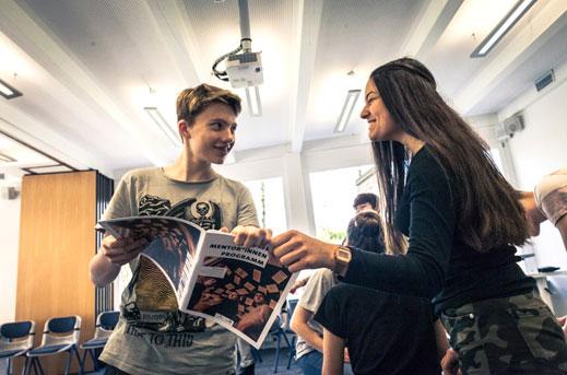 Schülermentor*innenprogramm 2020/2021 auch an der Schule oder online möglich